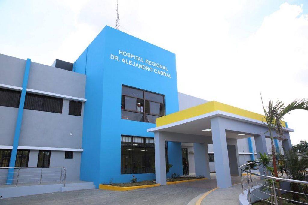 Más altas médicas en el Hospital de San Juan, otros 13 vencen el covid-19.