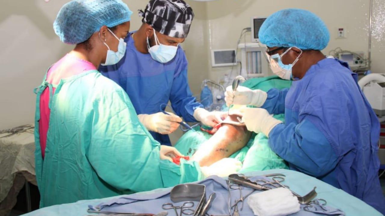 Durante operativo 20 personas intervenidas quirúrgicamente por especialistas ortopédicos