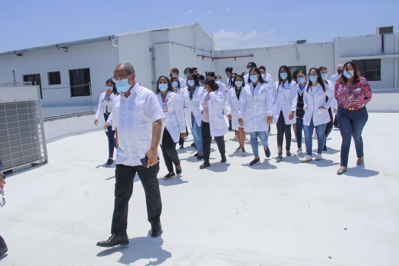 52 estudiantes médicos llegan a San Juan para internado y son colocados en Hospital Dr. Alejandro Cabral.